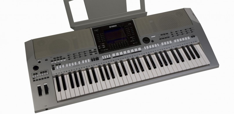 Yamaha PSR-OR700 Review